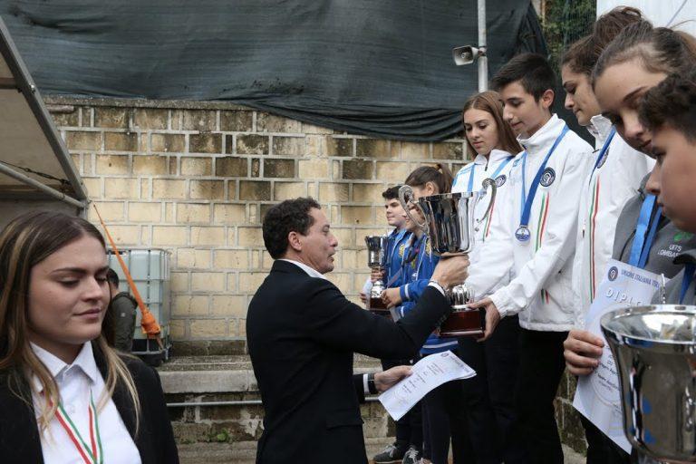 Segretario Generale UITS premia squadra C10 ragazzi